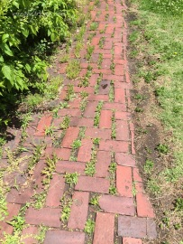 brick sidewalks
